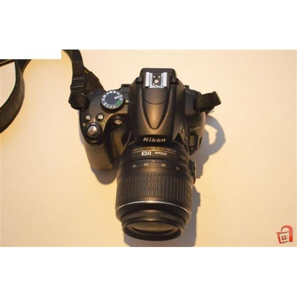 Nikon D5000 Nikkor 18-55mm