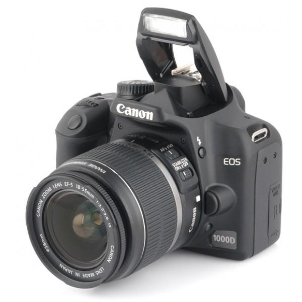 Canon EOS 1000D su 2 objektyvais